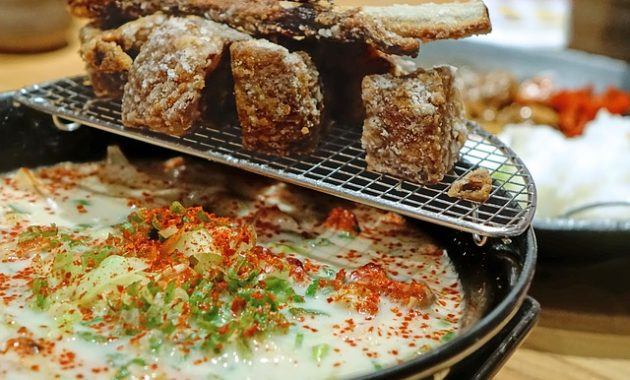 japanese top ramen noodles images photos pictures 630x380 Things You Want to Avoid When Visiting a Japanese Restaurant