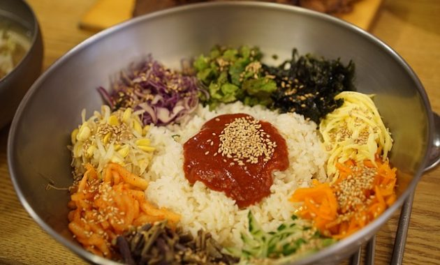 bibimbap gochujang korean food picture 630x380 The Most Popular Chinese Dishes and Chinese Restaurant in New York City