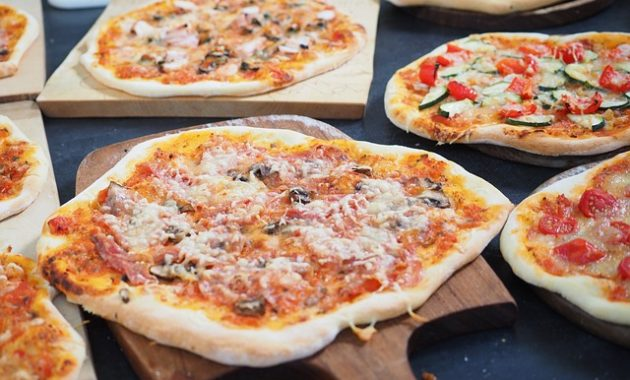7 Best Mouthwatering Pizza Delivery in United States
